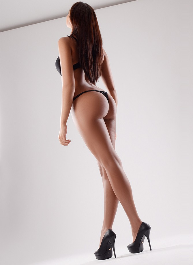 Escort Geneve/Europe - Aline