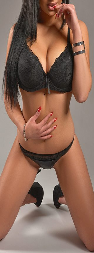 Escort girl Baya - Geneve/Europe