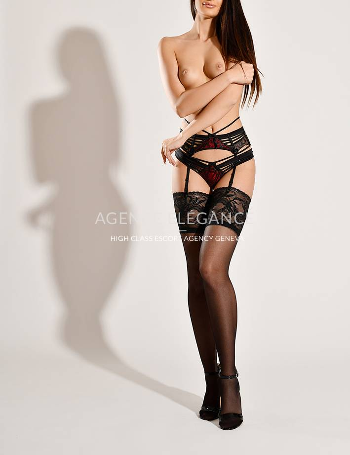 Escort Geneve/Europe - Alizee  1